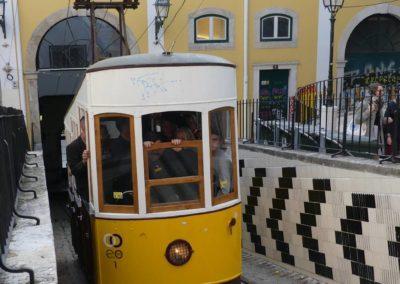 26. Lisbonne - Les Mollalpagas en cavale (247)