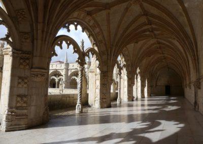 26. Lisbonne - Les Mollalpagas en cavale (373)