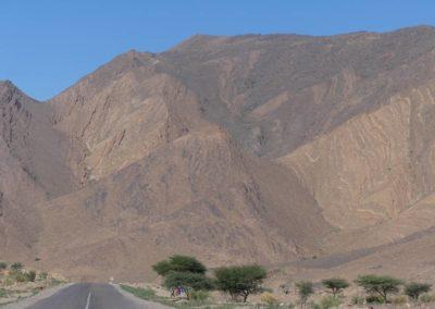 69. Route vers Aït Ben Haddou - Les Mollalpagas en cavale (11)