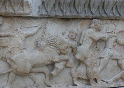 100. Delphes - Les Mollalpagas en cavale (145)