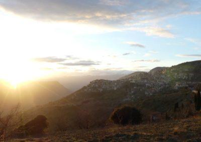 101. Route vers Osios Loukas - Les Mollalpagas en cavale (61)