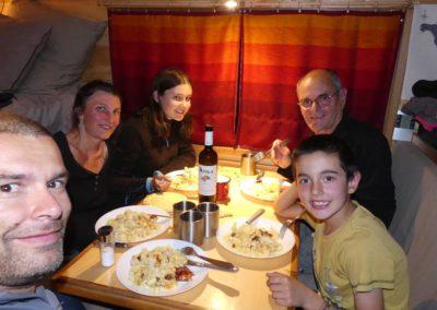 102. Osios Loukas - Les Mollalpagas en cavale (1)