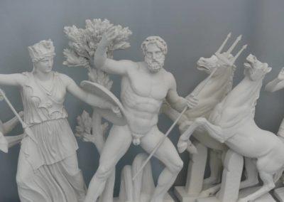 104. Athènes - Les Mollalpagas en cavale (321)