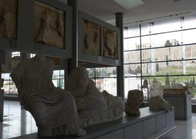 104. Athènes - Les Mollalpagas en cavale (332)