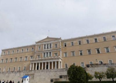 104. Athènes - Les Mollalpagas en cavale (370)