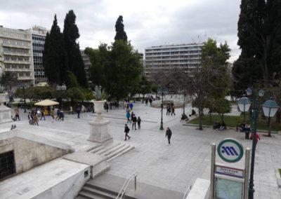 104. Athènes - Les Mollalpagas en cavale (427)