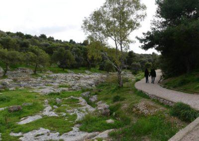 104. Athènes - Les Mollalpagas en cavale (440)