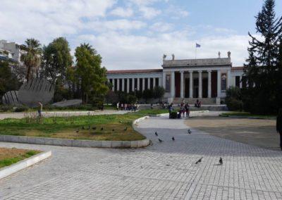 104. Athènes - Les Mollalpagas en cavale (502)