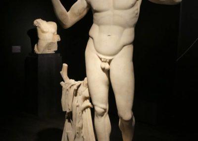 104. Athènes - Les Mollalpagas en cavale (558)