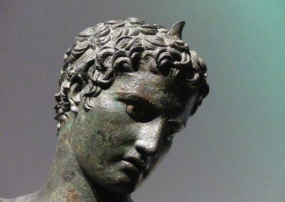 104. Athènes - Les Mollalpagas en cavale (566)