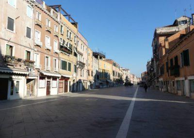 82. Venise - Les Mollalpagas en cavale (128)