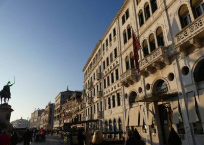 82. Venise - Les Mollalpagas en cavale (175)