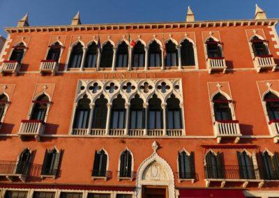 82. Venise - Les Mollalpagas en cavale (176)