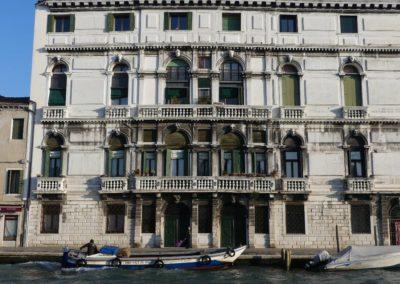 82. Venise - Les Mollalpagas en cavale (20)