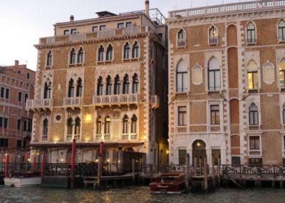 82. Venise - Les Mollalpagas en cavale (474)