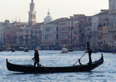 82. Venise - Les Mollalpagas en cavale (598)