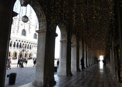 82. Venise - Les Mollalpagas en cavale (689)