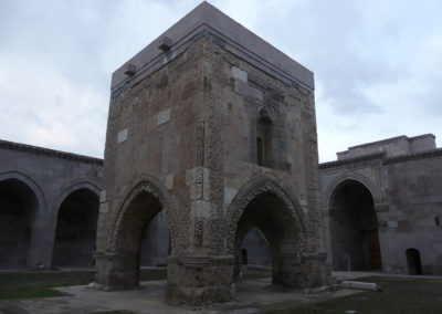 119. Sultanhanı - Les Mollapagas en cavale (16)