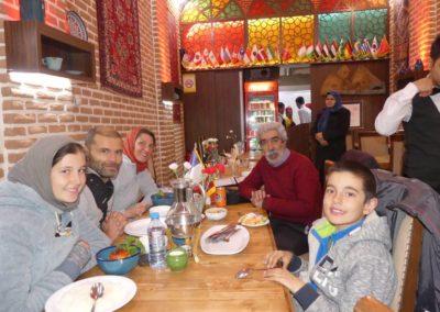 123. Tabriz - Les Mollalpagas en cavale (137)