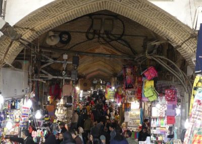 127. Téhéran - Les Mollalpagas en cavale (100)