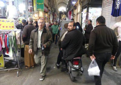 127. Téhéran - Les Mollalpagas en cavale (202)