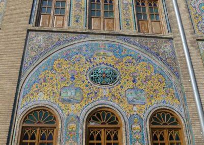 127. Téhéran - Les Mollalpagas en cavale (240)