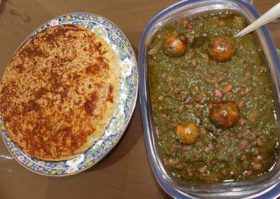 127. Téhéran - Les Mollalpagas en cavale (312)