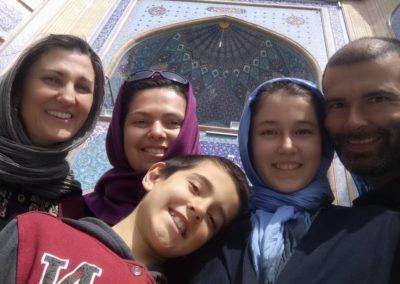 127. Téhéran - Les Mollalpagas en cavale (389)