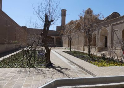 128. Kashan - Les Mollalpagas en cavale (110)