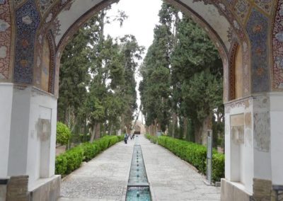 128. Kashan - Les Mollalpagas en cavale (211)