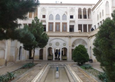 128. Kashan - Les Mollalpagas en cavale (63)