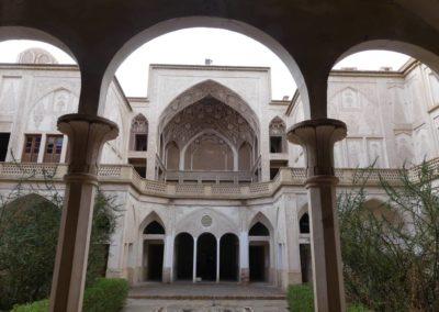 128. Kashan - Les Mollalpagas en cavale (66)