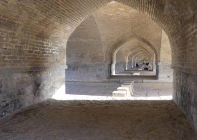 130. Ispahan - Les Mollalpagas en cavale (180)