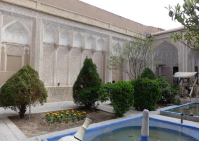 135. Yazd - Les Mollalpagas en cavale (106)