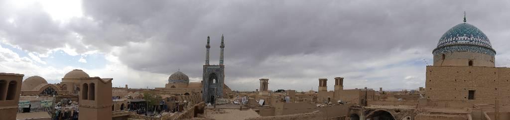 135. Yazd - Les Mollalpagas en cavale (128)