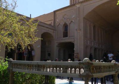 135. Yazd - Les Mollalpagas en cavale (259)