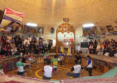 135. Yazd - Les Mollalpagas en cavale (280)