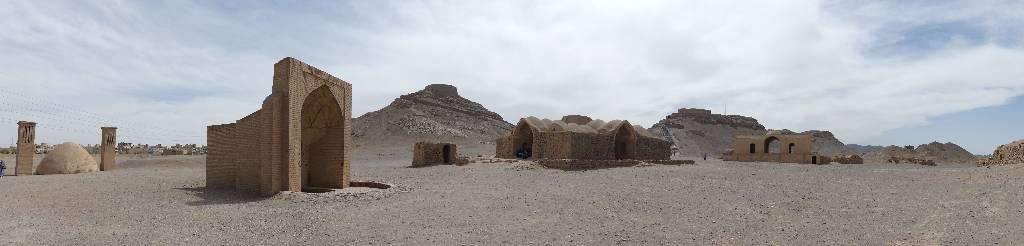 135. Yazd - Les Mollalpagas en cavale (373)