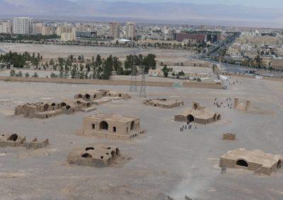 135. Yazd - Les Mollalpagas en cavale (401)