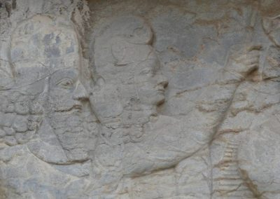 136. Naqsh-e Rostam et Naqsh-e Rajab - Les Mollalpagas en cavale (10)