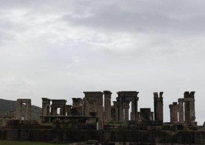 137. Persepolis - Les Mollalpagas en cavale (131)