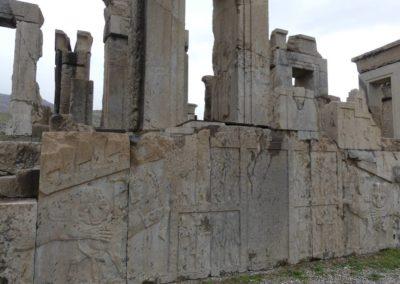 137. Persepolis - Les Mollalpagas en cavale (134)