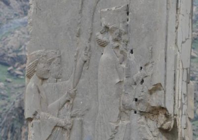 137. Persepolis - Les Mollalpagas en cavale (143)
