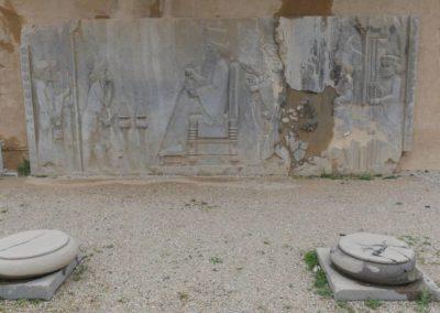 137. Persepolis - Les Mollalpagas en cavale (159)