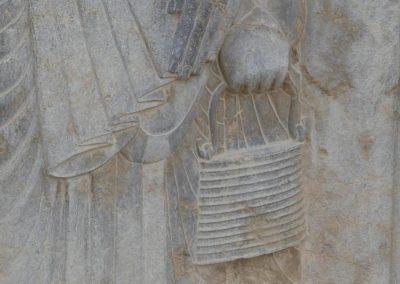 137. Persepolis - Les Mollalpagas en cavale (162)