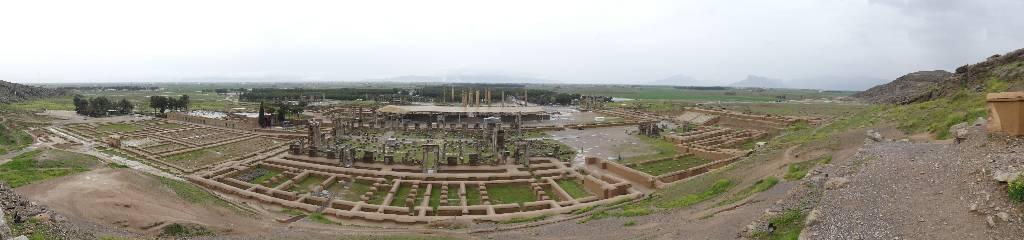 137. Persepolis - Les Mollalpagas en cavale (54)