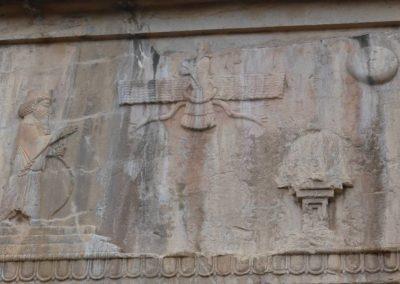 137. Persepolis - Les Mollalpagas en cavale (57)
