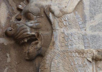 137. Persepolis - Les Mollalpagas en cavale (65)