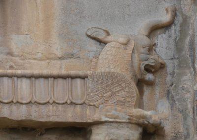 137. Persepolis - Les Mollalpagas en cavale (73)