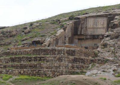 137. Persepolis - Les Mollalpagas en cavale (77)